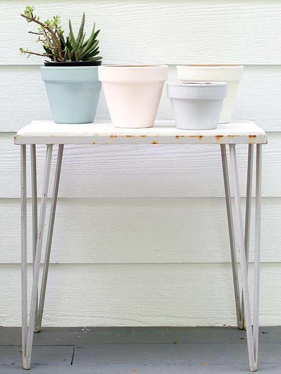 painting a terracota pot
